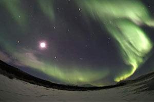 北極圏オーロラツアー
